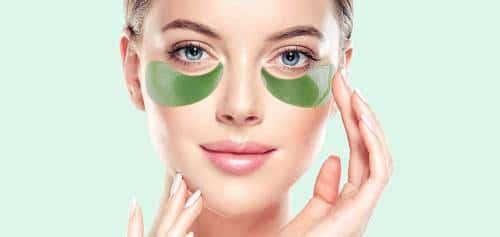 أفضل لصقات تحت العين بالشاي الأخضر – ماسك ماتشا للعين